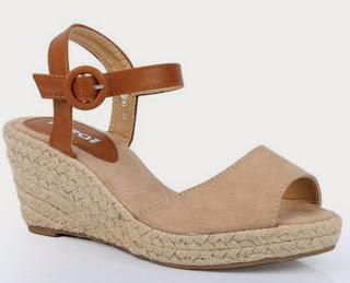http://www.ebay.fr/itm/sandales-compensees-semelle-corde-espadrilles-femme-beige-beiges-detente-plage-/301571140350?ssPageName=STRK:MESE:IT