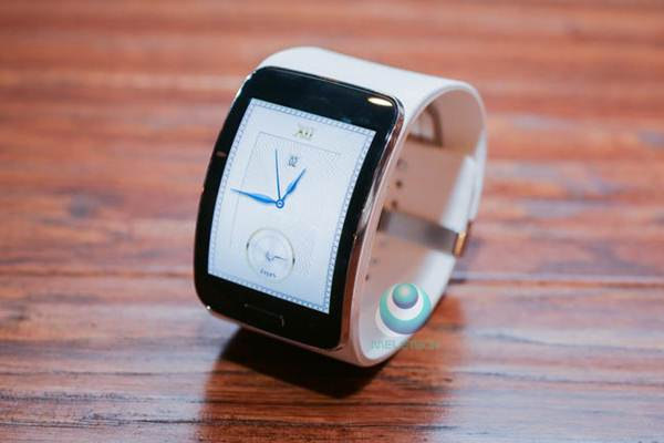 Spesification and price Samsung Gear S