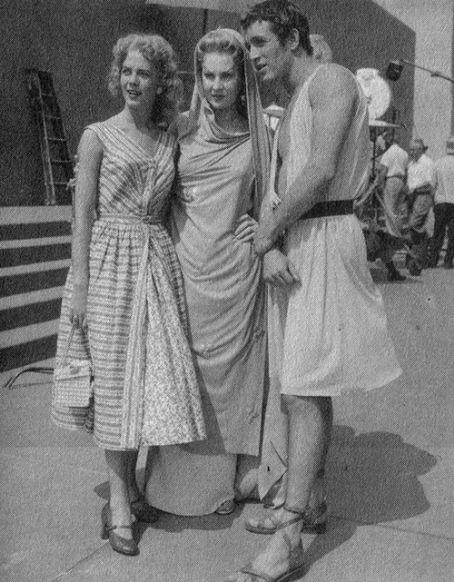 Con Paul Newman y Virginia Mayo en el rodaje de El Caliz de Plata