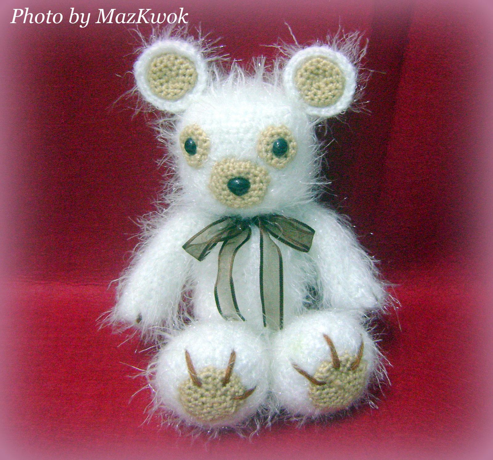 Amigurumi Eyelashes : fuzzy po-eyed teddy