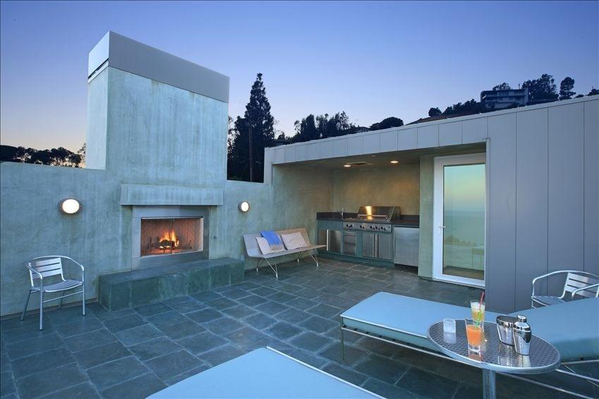 Living in designland inspiraci n cocinas exteriores - Disenos de barbacoas exteriores ...