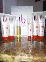 Les produits Fariba b. (experte du cheveu frisé)