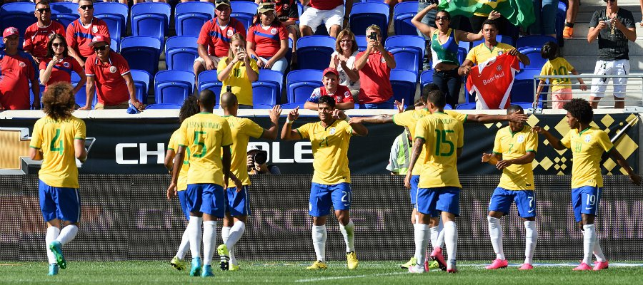 Hulk voltou bem à Seleção, marcando o gol da vitória sobre a Costa Rica (foto: AFP)