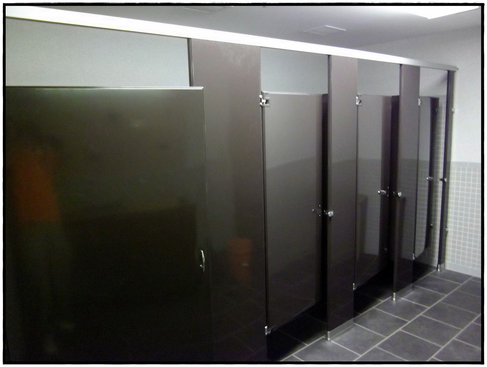 Toilet partitions for Bathroom partitions