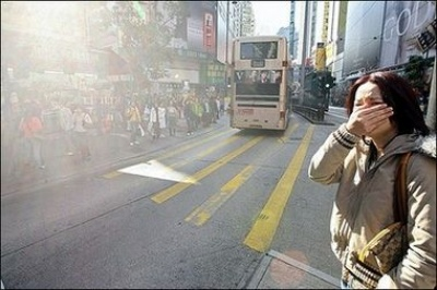 Record Hong Kong air pollution sparks protest