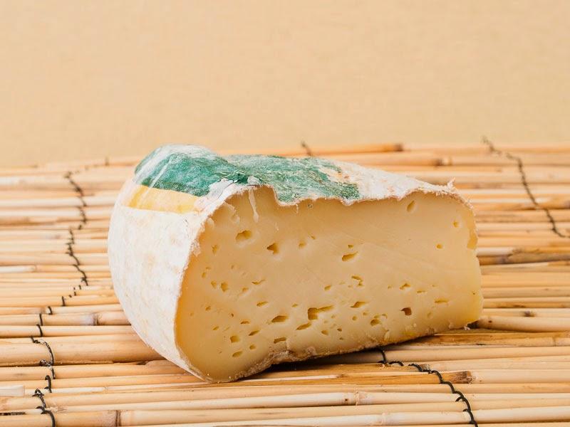 итальянский сыр Toma Piemontese