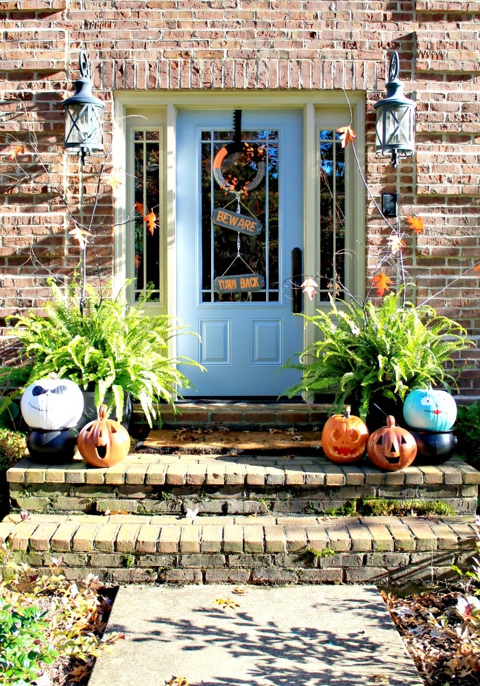 halloween front entrance