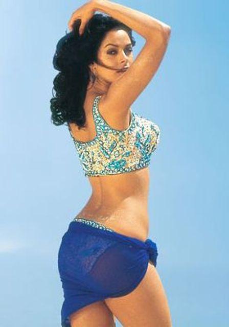 Excellent mallika sherawat in bikini speaking, you