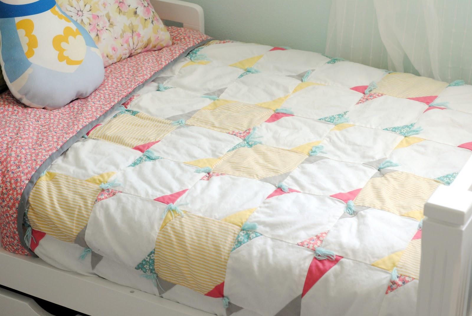 hart + sew | Vintage Baby Clothing: cutting corners baby quilt : chevron stripe quilt pattern - Adamdwight.com