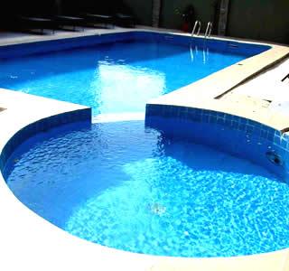 De Renaissance Hotel, Ikeja, Swimming pool