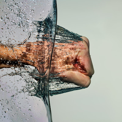 punch water splash