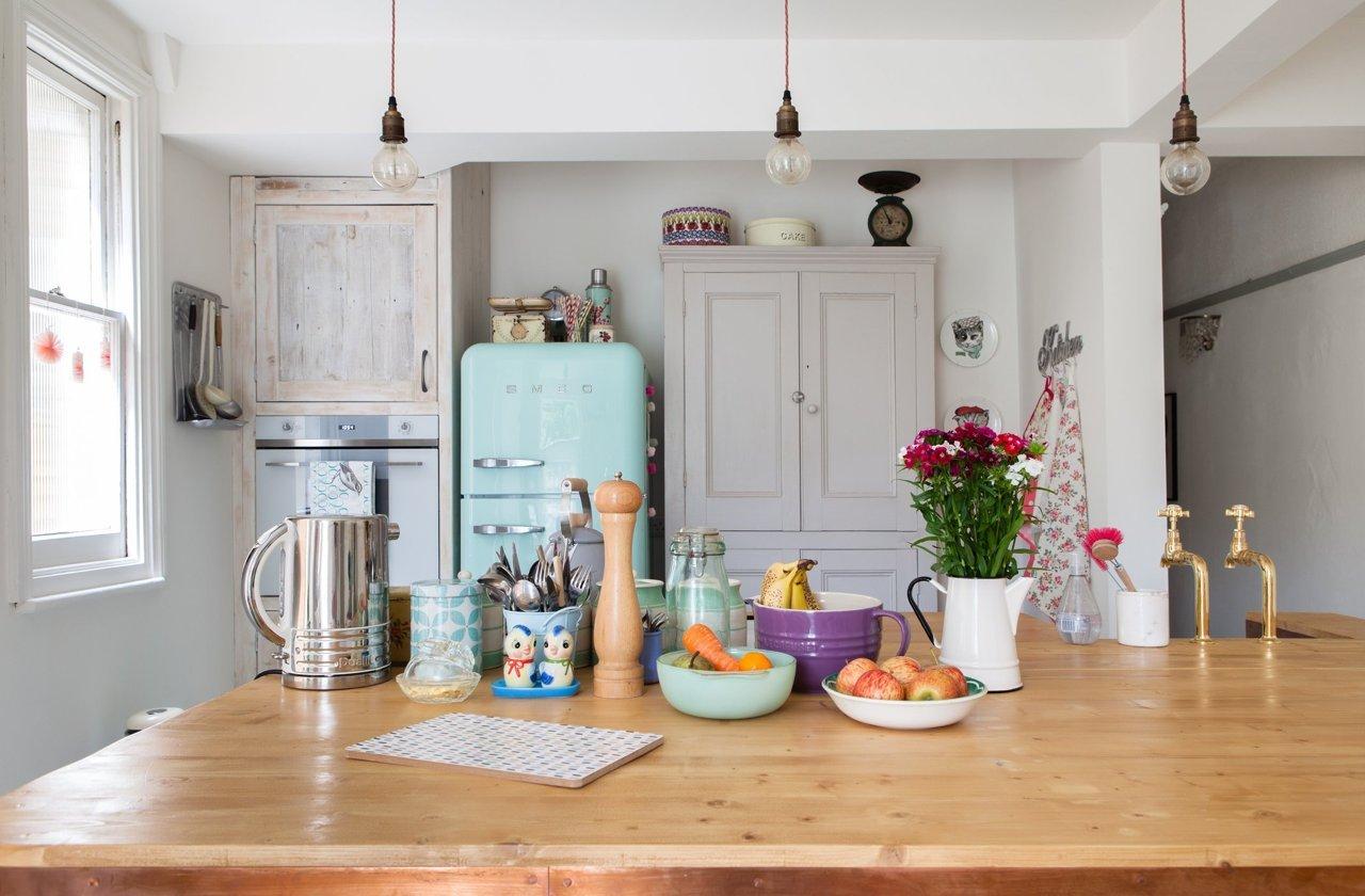 Vintage una vivienda modern vintage llena de luz y for Cocinas vintage modernas
