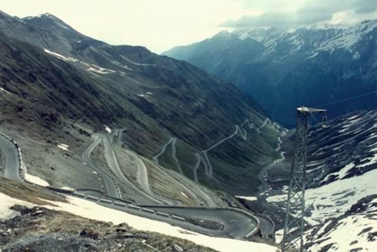 Stelvio-Pass-Itali