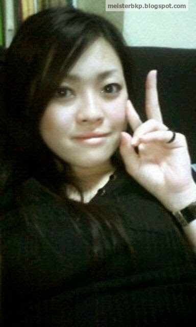 Yunike, Amoy Cantik Anak Bos, Mekinya Becek