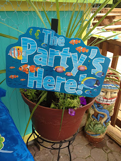 Flip flops pop tarts an under the sea party with and for Plastic fish bowls dollar tree