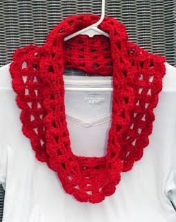CROCHET A CHUNKY COWL, how to, free crochet pattern