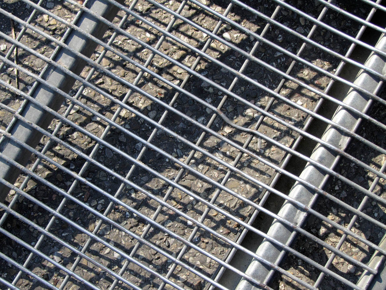pattern of a truck's iron grid