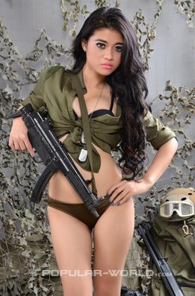 Hany Model Majalah Popular BFN Season 2, Oktober 2013
