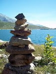 ROCK BALANCING