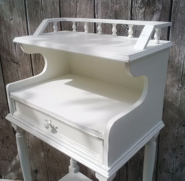 recupero creativo mobiletto shabby chic all white