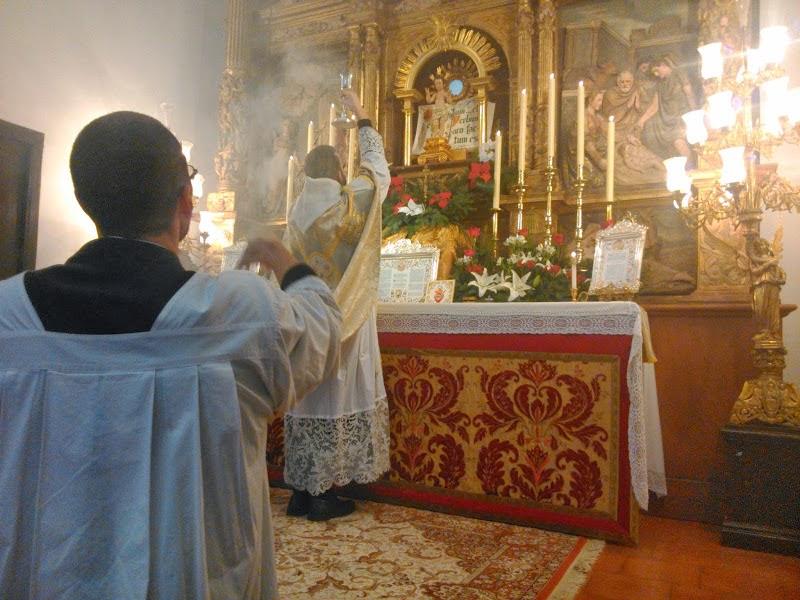http://4.bp.blogspot.com/-tjfdV0nZPaE/UsaCXqaQ6iI/AAAAAAAAPlg/PShPM-LXDDQ/s1600/CATHOLICVS-Santa-Misa-Toledo-Holy-Mass-1.jpg