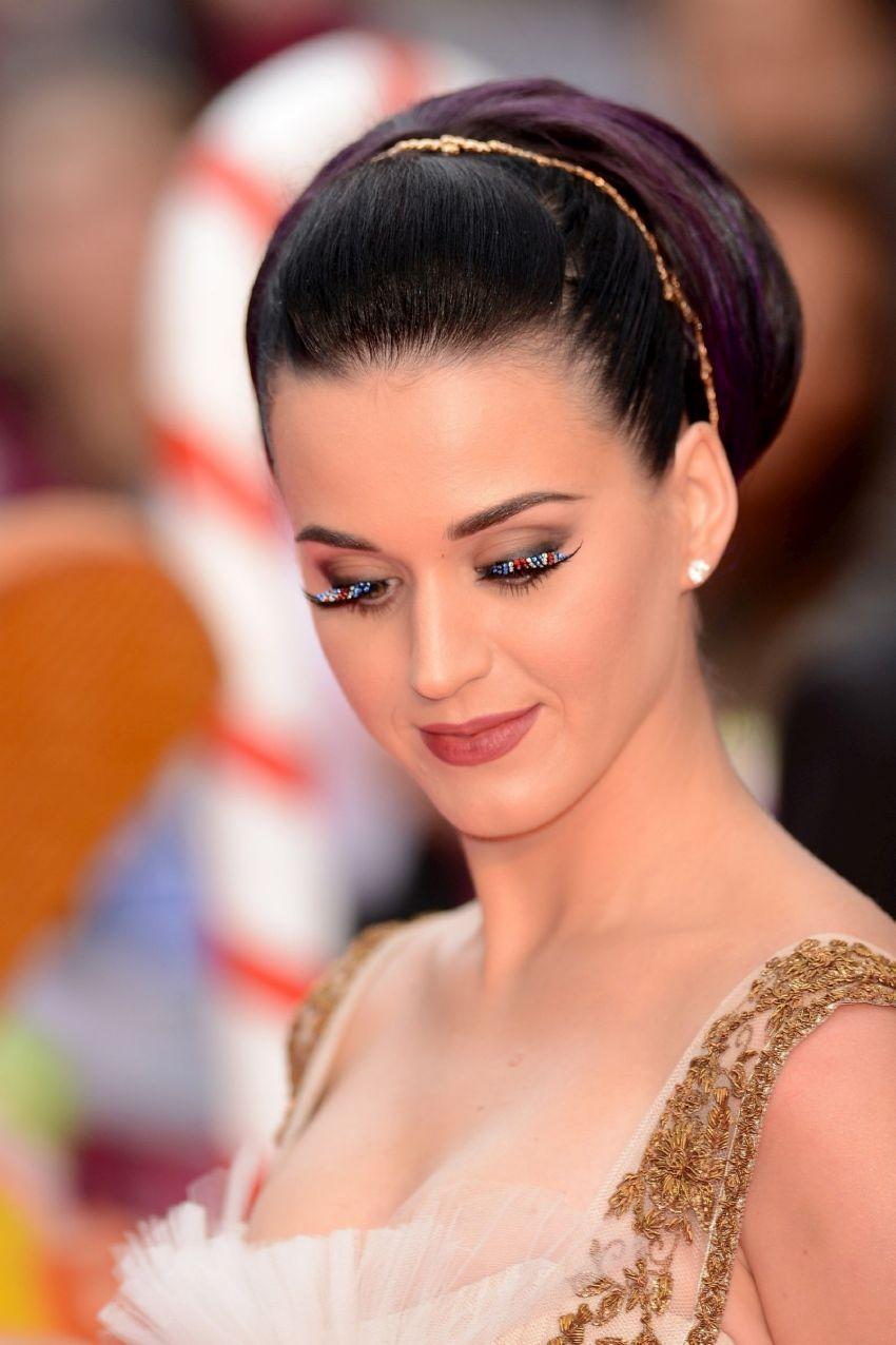 Katy Perry Photo Gallery At Gramy Awards | Latest Photo