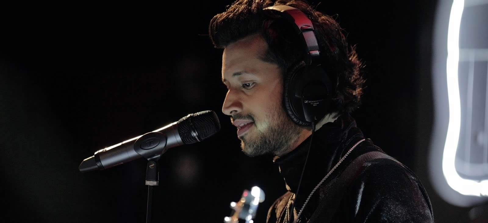 Atif Aslam is the singing superstar from Pakistan who can make any ...