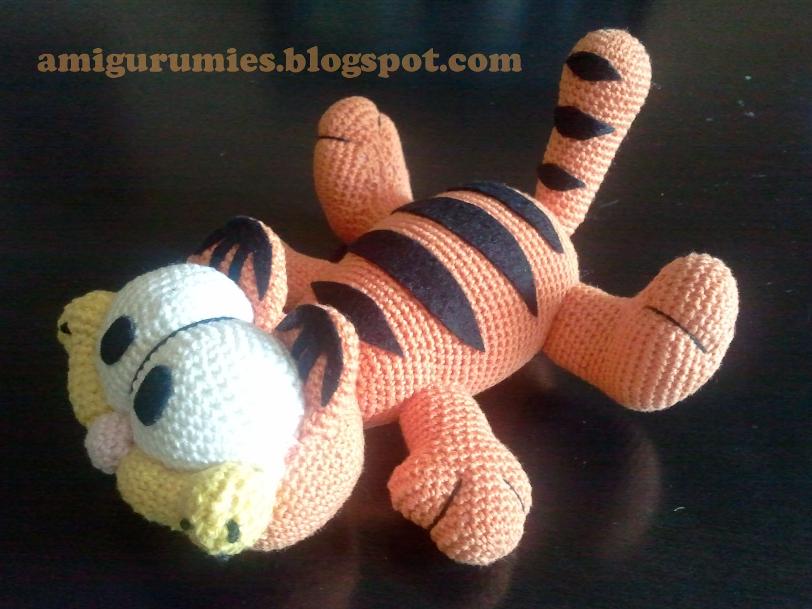 Amigurumi free patterns garfield : Garfield amigurumies