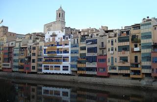 Casas de colores Girona