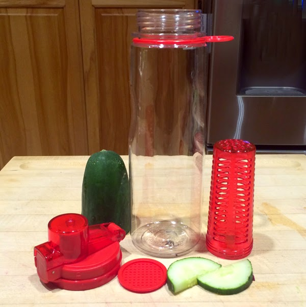 FlavFusion (TM) 25 oz Infuser Water Bottle