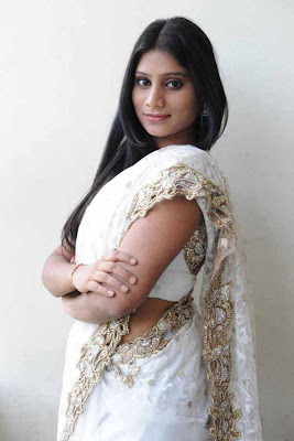 midhuna in saree glamour  images