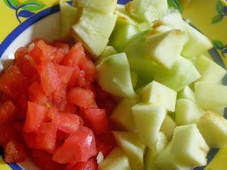 Луковый чатни с зелеными яблоками
