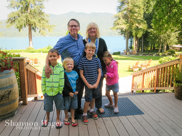 Shannon Hager Photography, Family Portrait, Lake Quinault