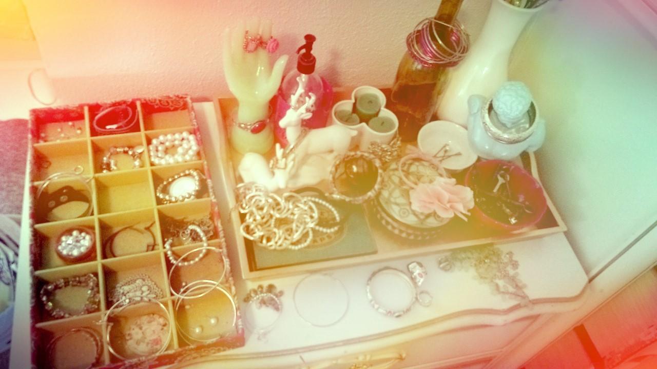The Lovely Side Impromptu Mini Tour Of My Attic Bedroom