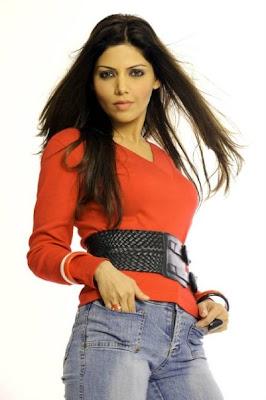 Hadiqa Kiani FootWear Fashion