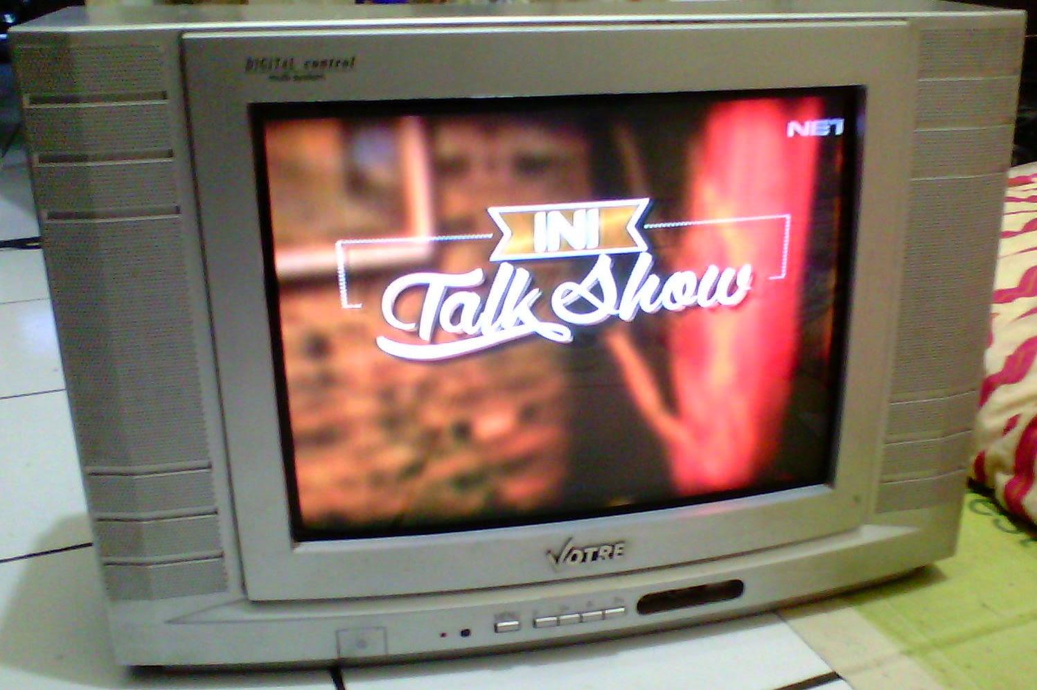Toko Barang Bekas Ku TV CRT 14 FLAT VOTRE MANTAP