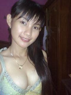Foto Hot Tante Girang Cantik
