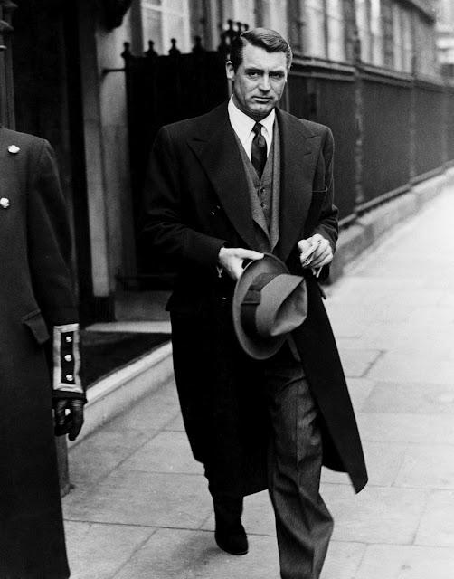 Cary Grant terno e casaco