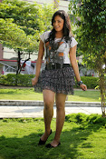 Hari Priya sizzling photo shoot-thumbnail-20