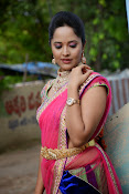 Anasuya photos in half saree-thumbnail-9