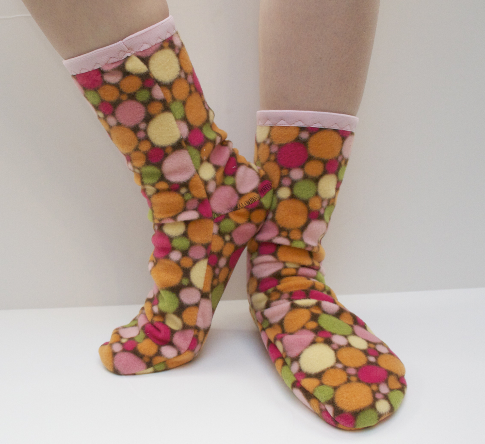 Sew Can Do: Slipper Socks Pattern Review & Helpful Hints