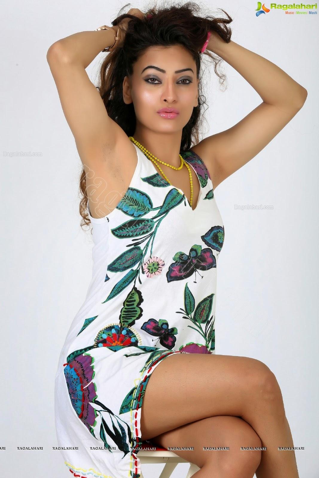 armpitz: Alanki Bakshi stubble LATEST (Her armpits exist for one and ...