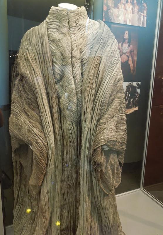 John Carter Matai Shang robes