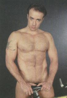 Julion Alvarez Desnudo