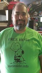 Free Hugs Team