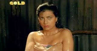 Kimi Katkar hot bollywood actress