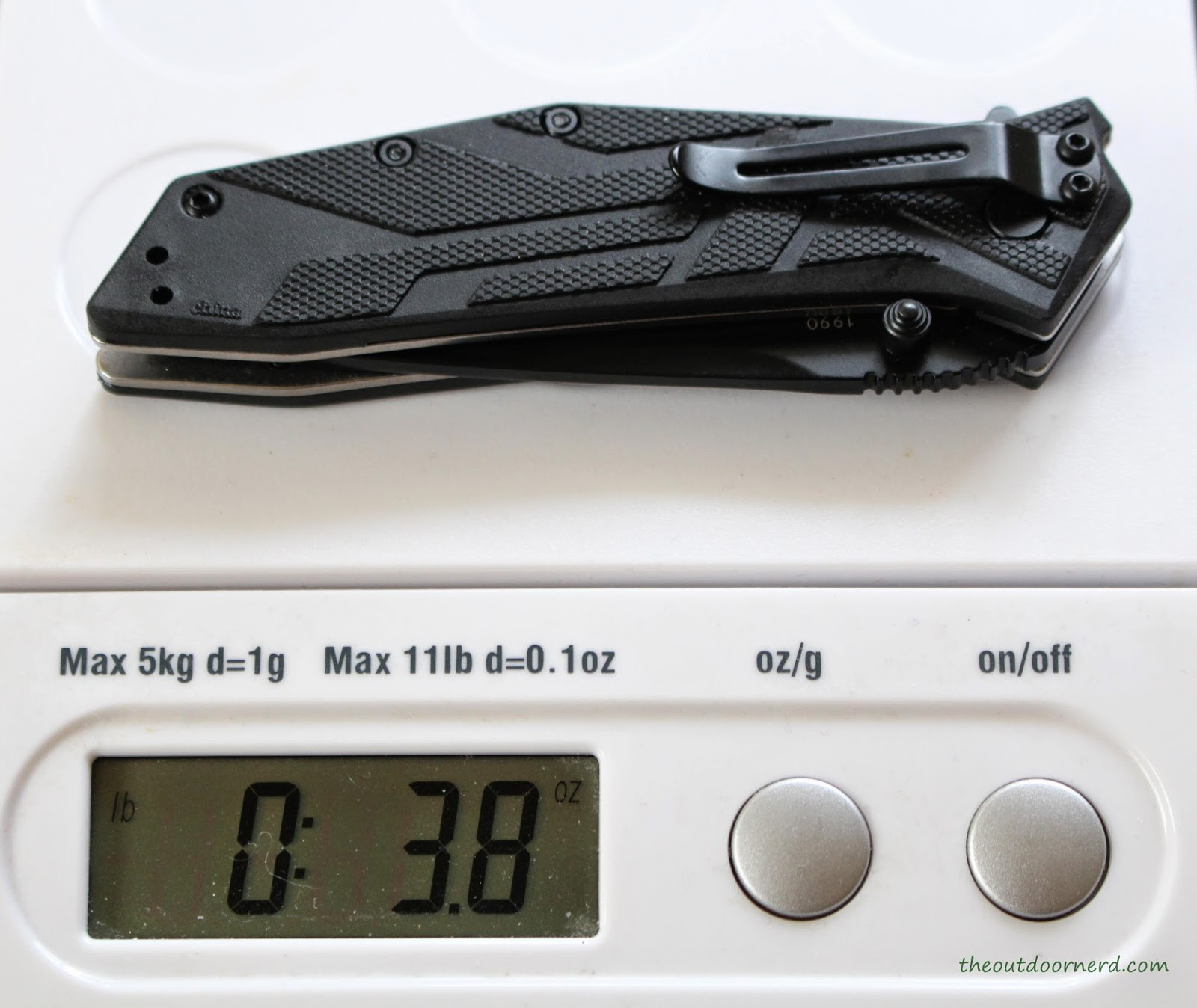 Kershaw Brawler Pocket Knife On Scale