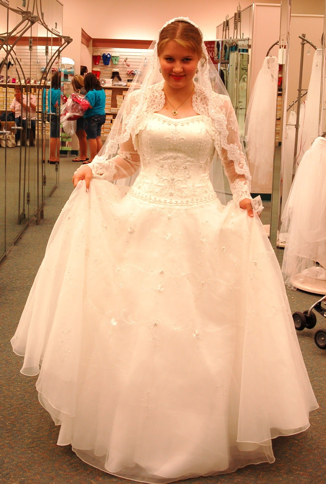 Apostolic Bridesmaid Dresses   Wedding Gallery