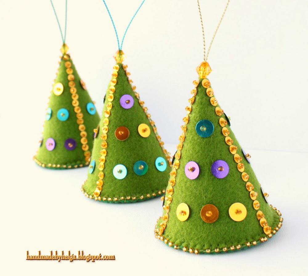 Handmade by helga felt christmas tree ornaments for Christmas tree photo ornaments