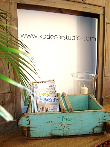 caja de madera antigua para decorar boda vintage de campo